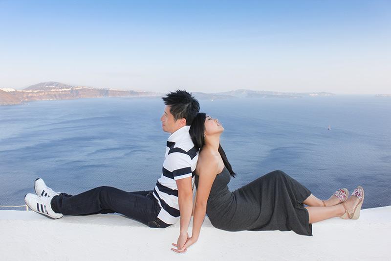 honeymooners in Santorini