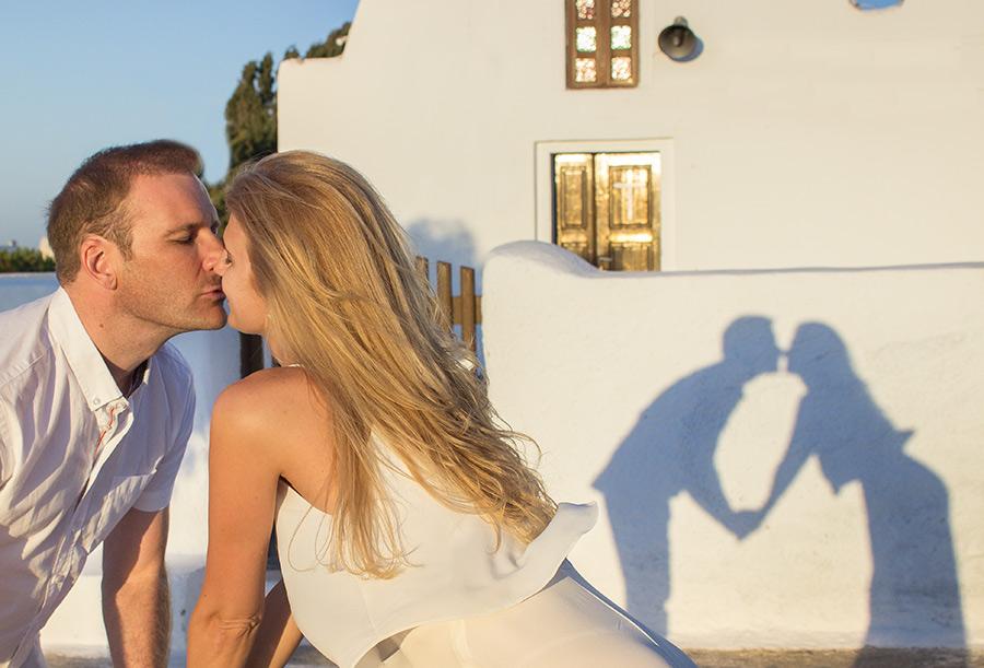 shadows kiss
