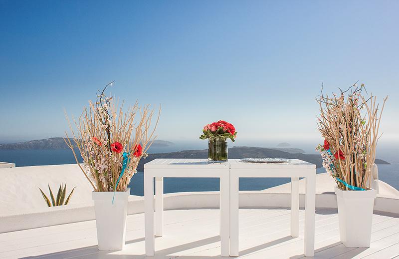 sun rocks hotel simple table wedding decoration