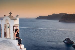 Honeymoon Photo Session in Santorini