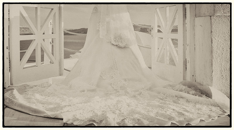 Vintage Wedding Dress picture at the balcony