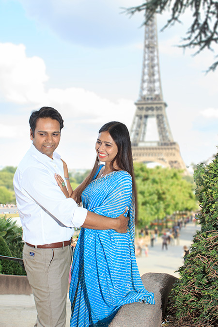 lovely couple in front of Eiffel Tower