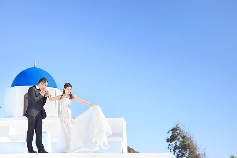 travel photographer for destination pre wedding sessions