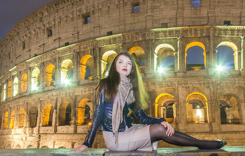Colosseum night lights