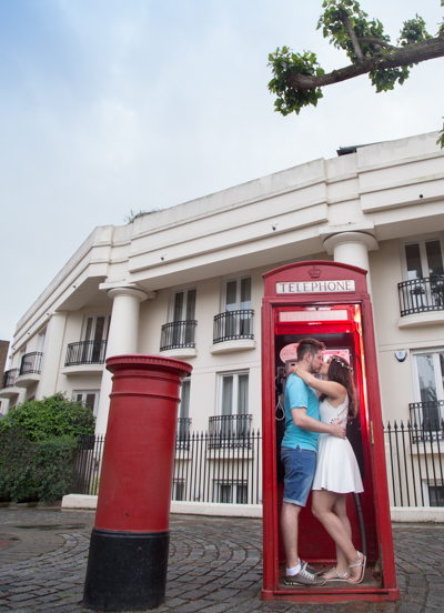 londox phone box pre wedding idea