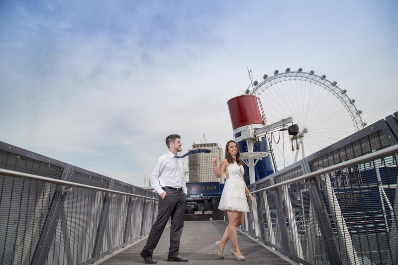 fun pre wedding outdoor picture