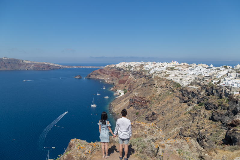 best place see oia