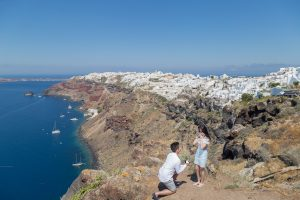 A Santorini Marriage Proposal that most of the Chinese girls would dream about