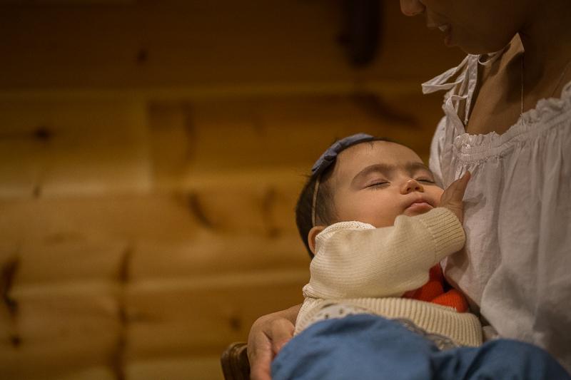 newborn looking for breastfeed