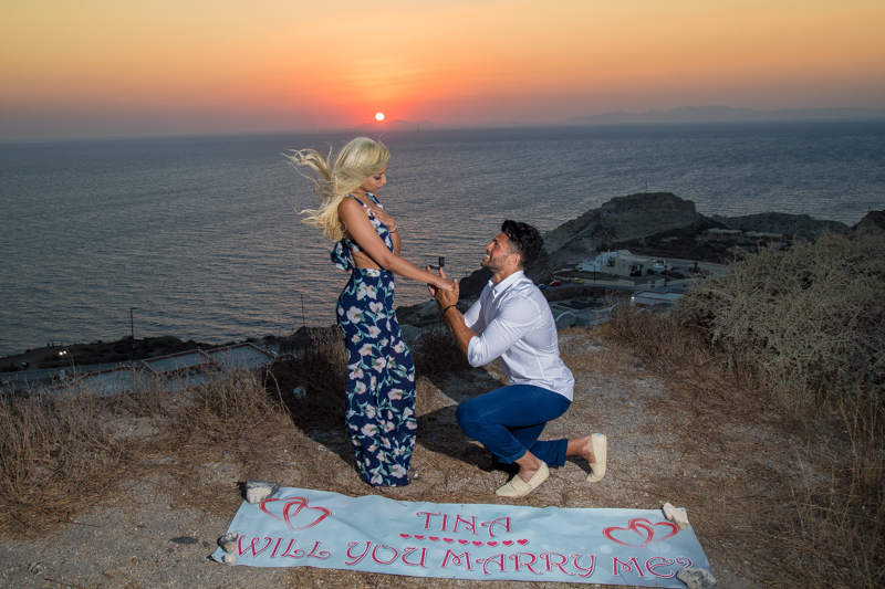 oia sunset marriage proposal location