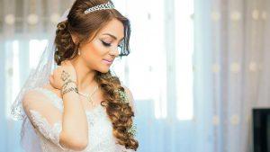 bride santorini hair