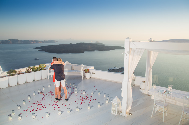 place to propose in santorini