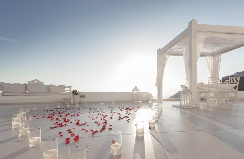Marriage proposal spot santorini