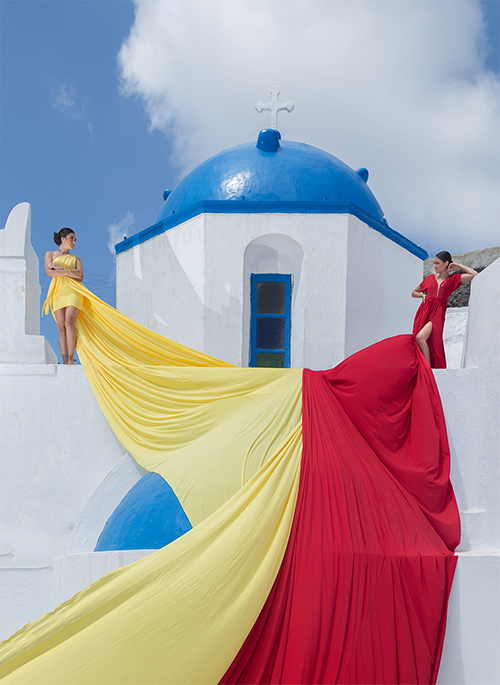 rent your dress in Santorini and Greece at affordable prices
