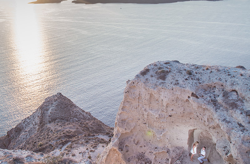 marriage proposal at the heart rock of Megalochori