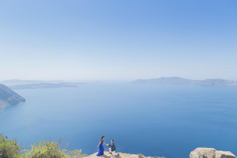 surprise proposal santorini greece
