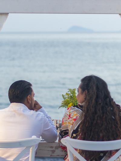 romance engaged couple