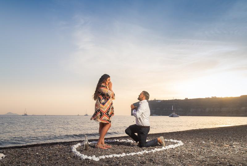 romantic proposal santorini