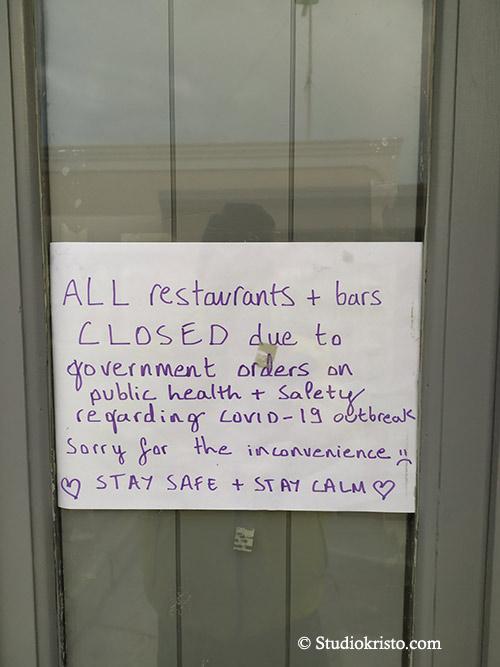 closed restaurant santorini