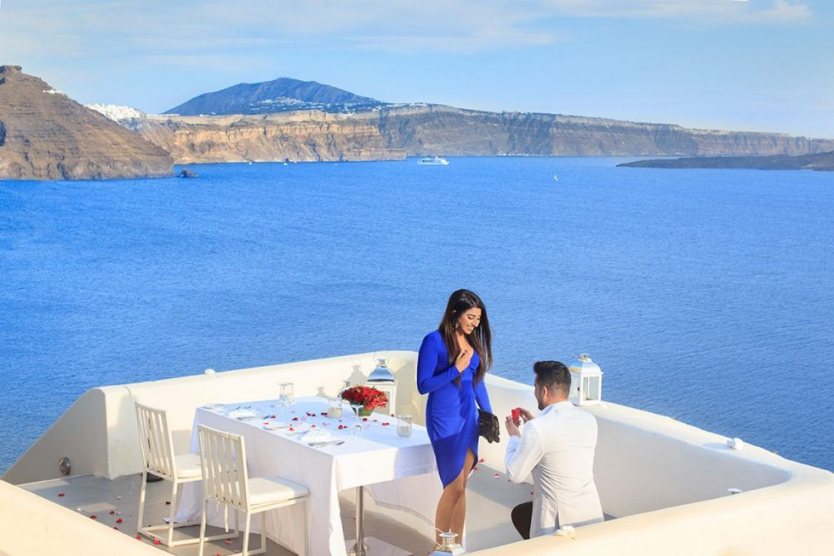 An ideal marriage proposal in Santorini island of Greece