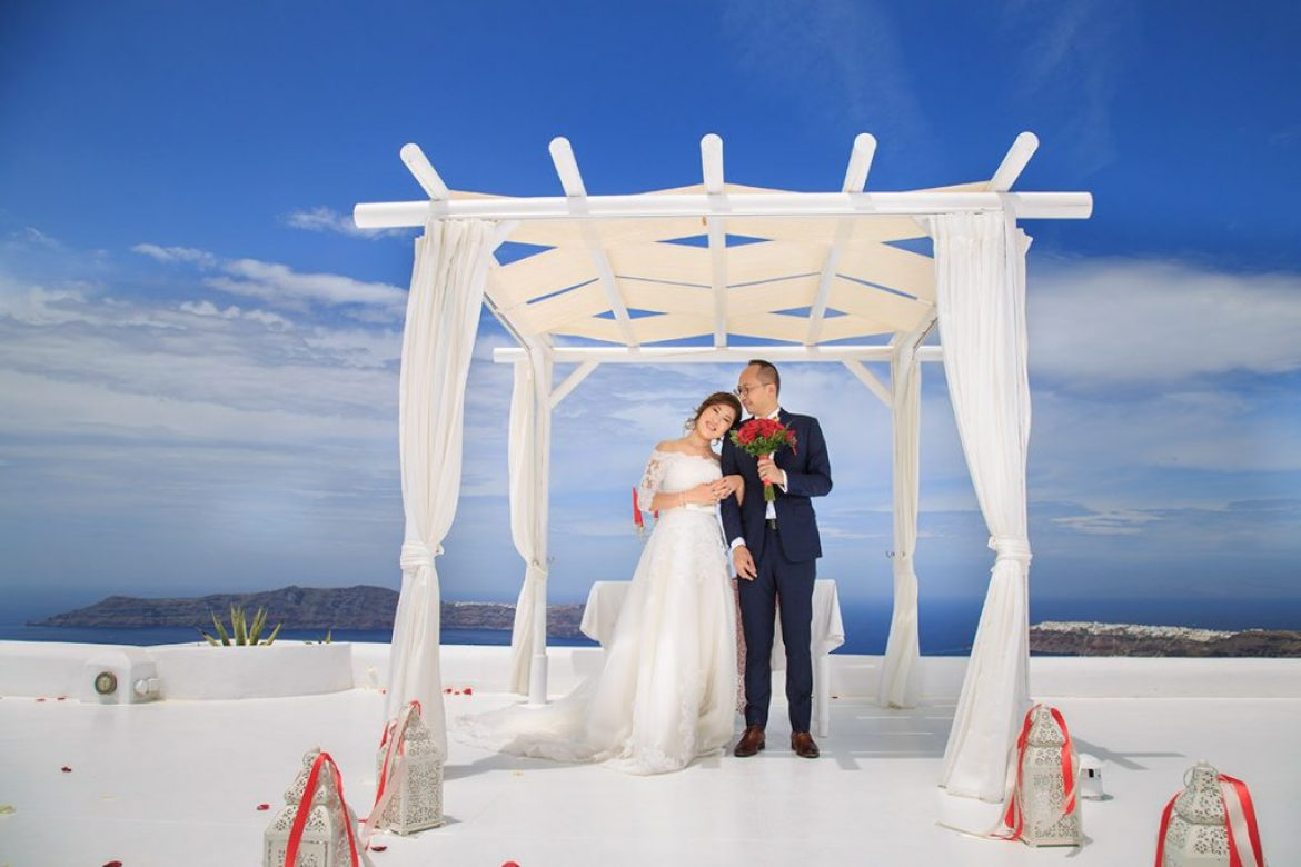 Chinese Santorini Wedding Photography in Imerovigli village | Andromeda Villas Venue
